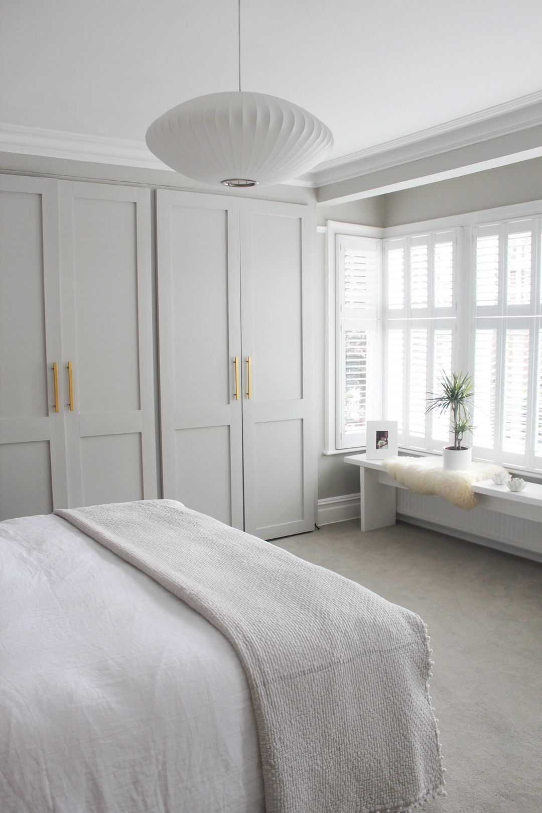 Thanks to These 9 Zen Bedroom Ideas, You May Experience the Best Night's Sleep Ever | Hunker