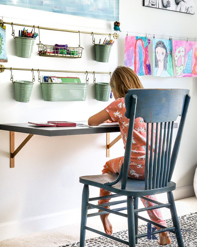 The Easiest DIY Desk Ever