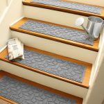 Tucker Murphy Pet Beauvais Elipse Stair Tread | Wayfair
