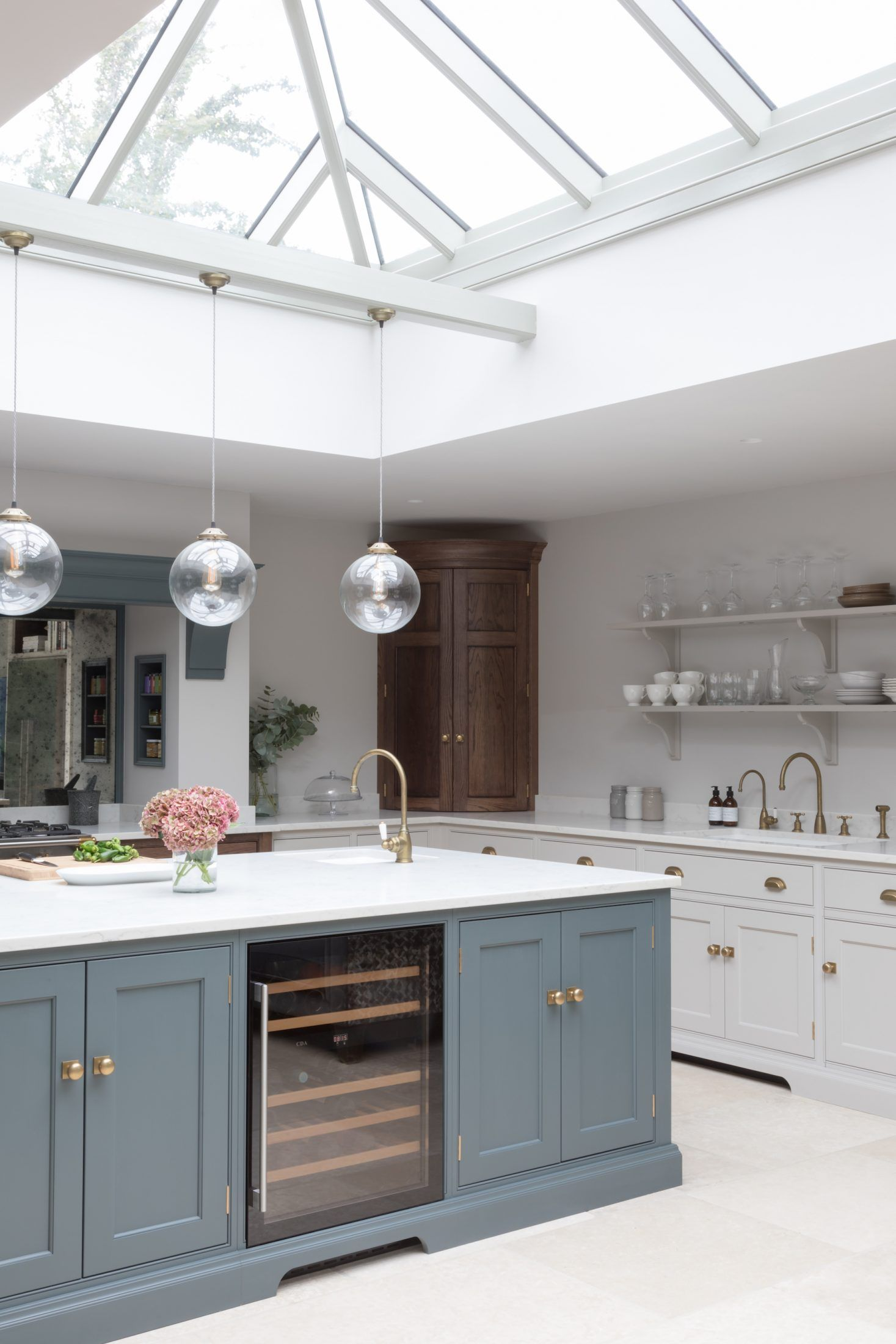 Victorian Family Home – Classic Contemporary Open Plan Kitchen