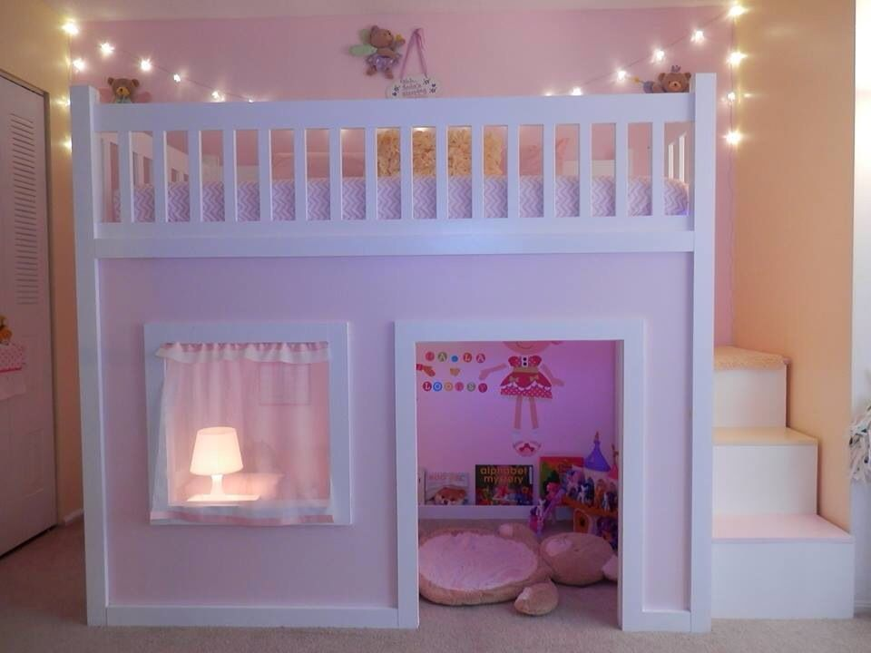 like the lights hanging up top, should add some in B's room