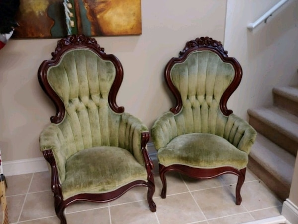 Used Antique Chairs for sale in Limestone - let