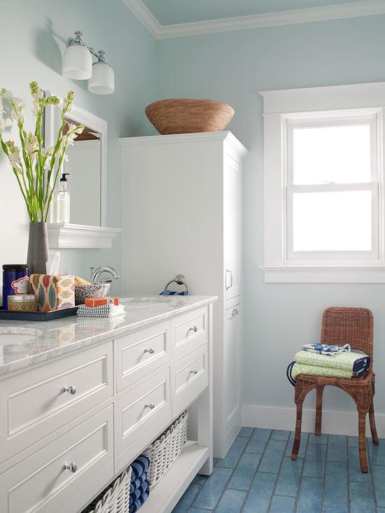 Small Bathroom Color Ideas | Better Homes & Garde
