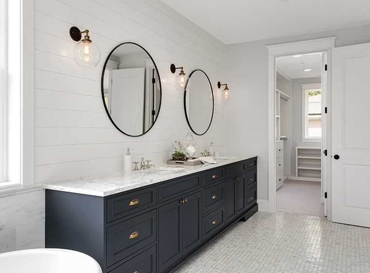 10 Beautiful Bathroom Paint Colors for Your Next Renovation | WOW .