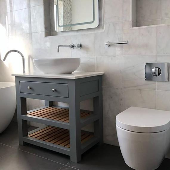 Bespoke Bathroom Vanity Unit with a Quartz worktop. Made to | Et