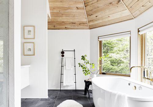 The Best Designed Bathrooms on Instagr