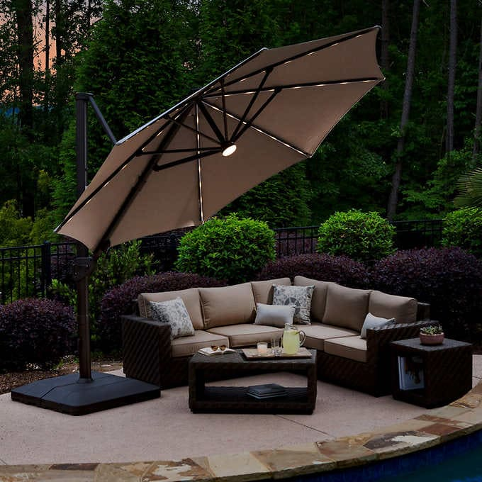 11' LED Solar Round Cantilever Umbrel