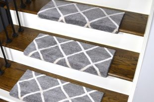 Set of 3 Theo Ivory Gray Bullnose Carpet Stair Treads .