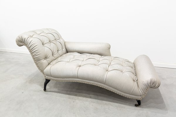 Antique Chaise Lounge for sale at Pamo
