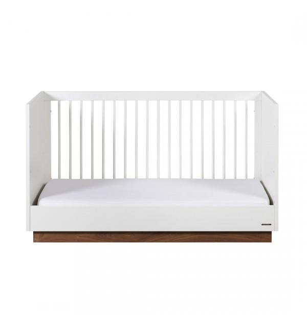 Studio cot bed Kidsmill for a uniquely modern nurse