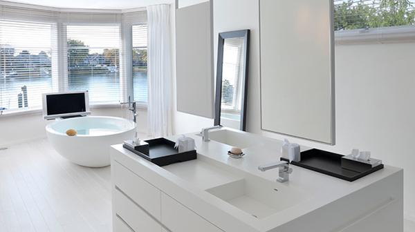 En-suite Bathroom Renovation Design Tips | Refresh Renovations .