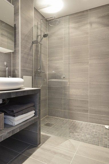 Achieve a Luxurious Bathroom Look on a Pauper's Budget (With .