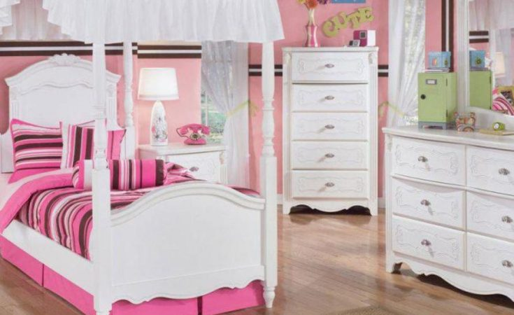 10+ Dreamy Canopy Bed Design Ideas for Girl's Ro