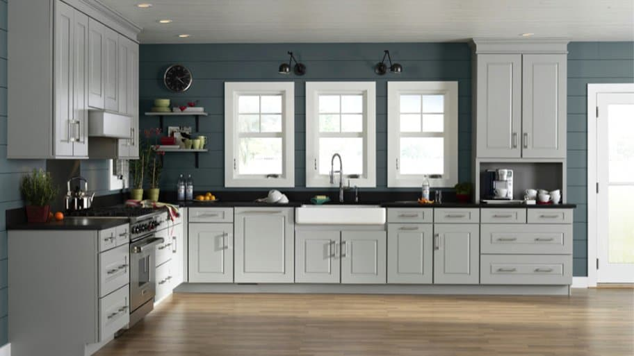 How to Choose Kitchen Cabinet Colors | Angie's Li