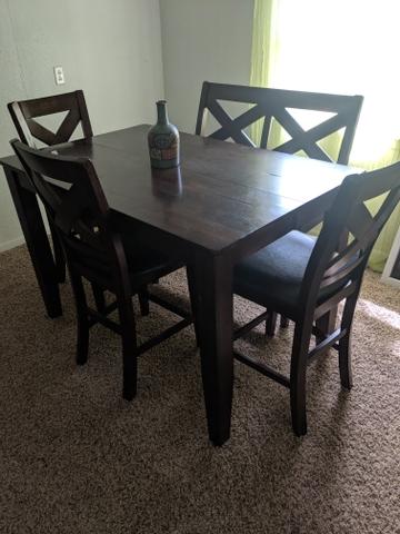 Nebraska furniture Mart Kitchen table - Nex-Tech Classifie