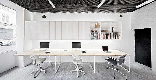 Basic office interior design in Par