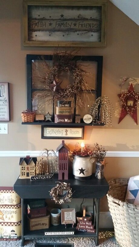My primitive decor #PrimitiveCountryDecorating #PrimDecor .