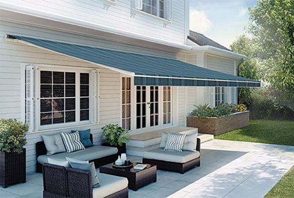 Sunspaces Retractable Awnings - Serving Massachusetts North Shore .