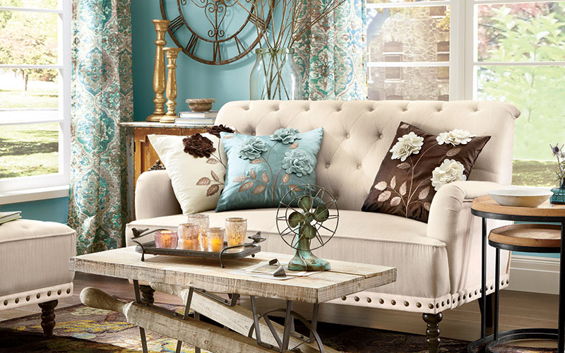 Touches of Rustic & Vintage Home Dec