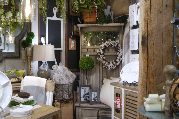 Flip Tips: How to Achieve Rustic, Chic Home Decor - 9 & 10 Ne