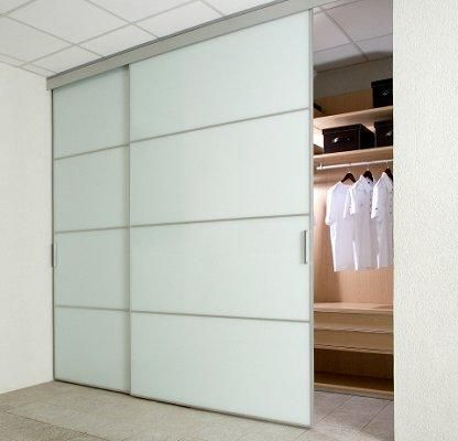 Closet Door Ideas in 2020 | Modern closet doors, Wardrobe doors .