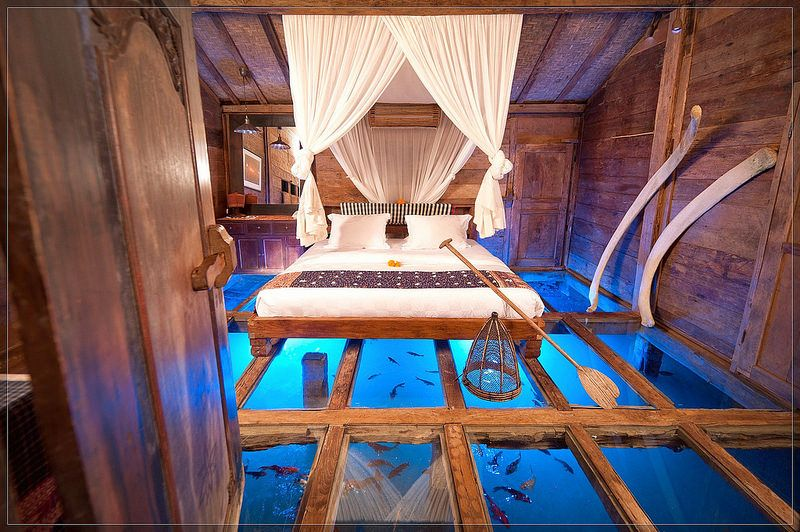 unique bedroom ideas, glass floor aquarium bedroom | Unique hotels .