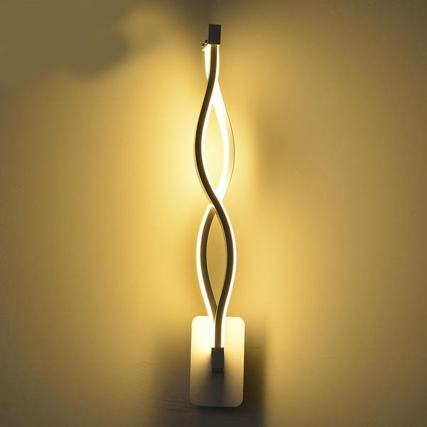 Twisted LED Wall Lamp – Warm