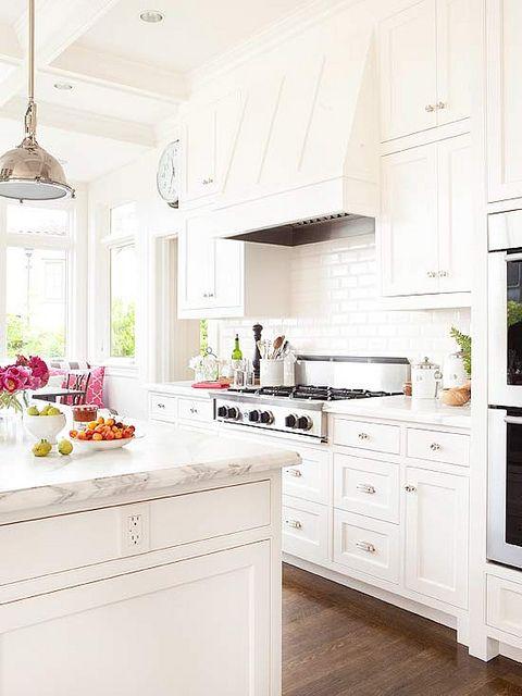 White kitchen in 2020 | Kitchen remodel, Kitchen design, Beautiful .