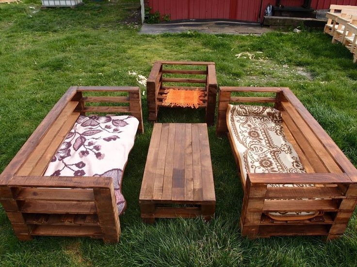 The process of adorning your garden with wooden garden furniture .